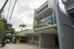House and Lot for Sale in Lahug Cebu Area near JY SQUARE Mall